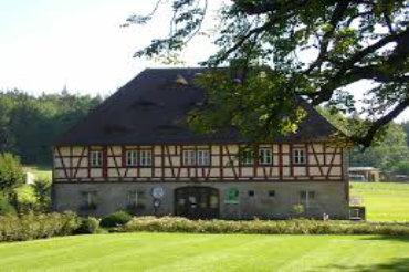 Grünes Zentrum in Henfenfeld